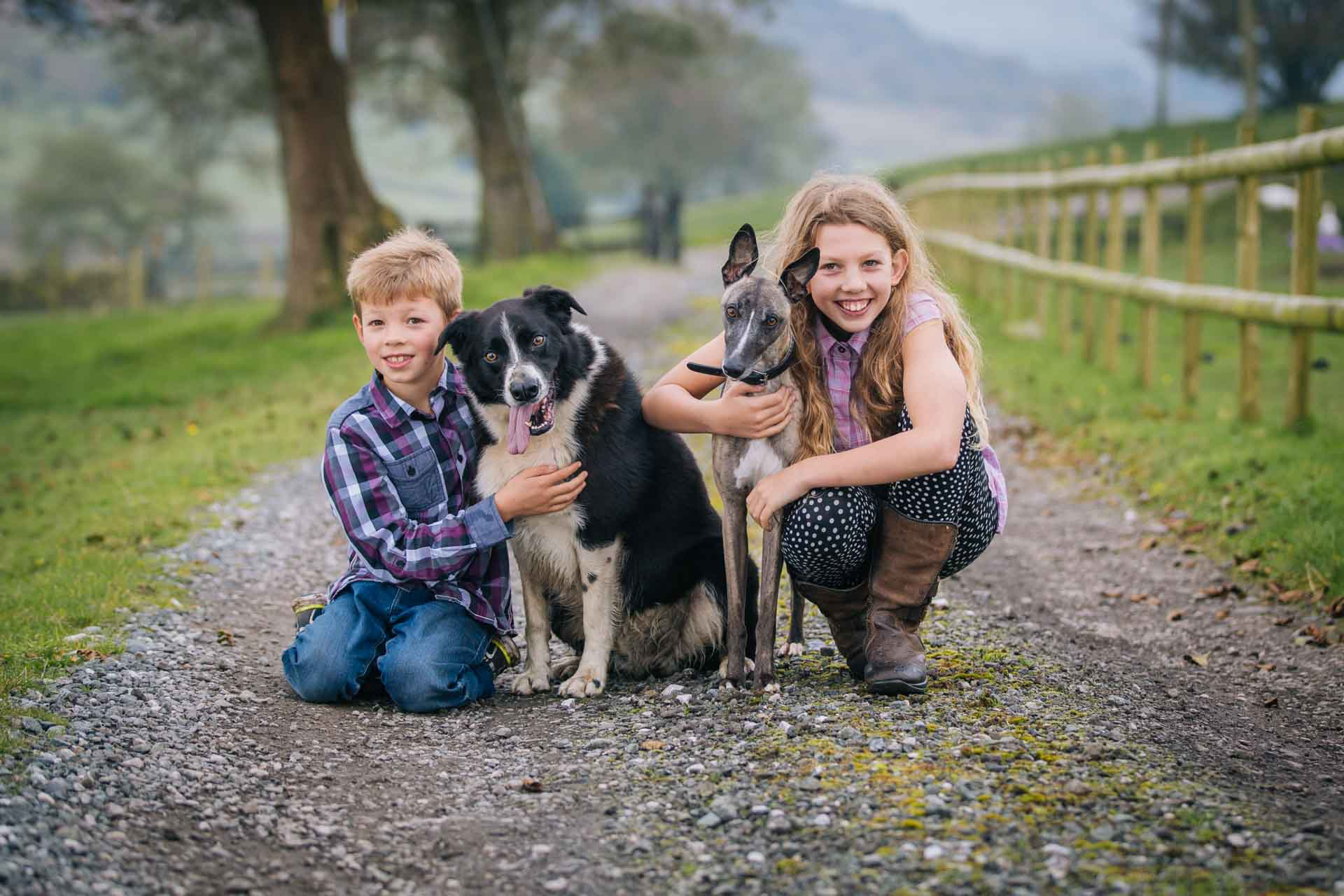 Family portraits with pets - Joanna Eardley Photography