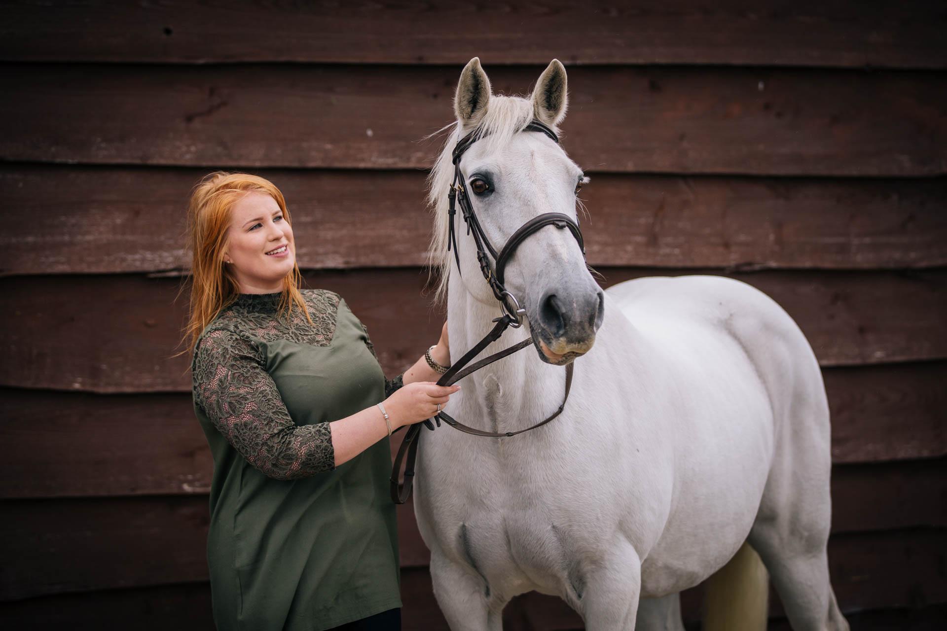 Equine Portraits at the Yard Joanna Eardley